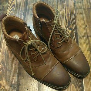 Steve Madden Jabbar  leather cap-toe boot size 9.5